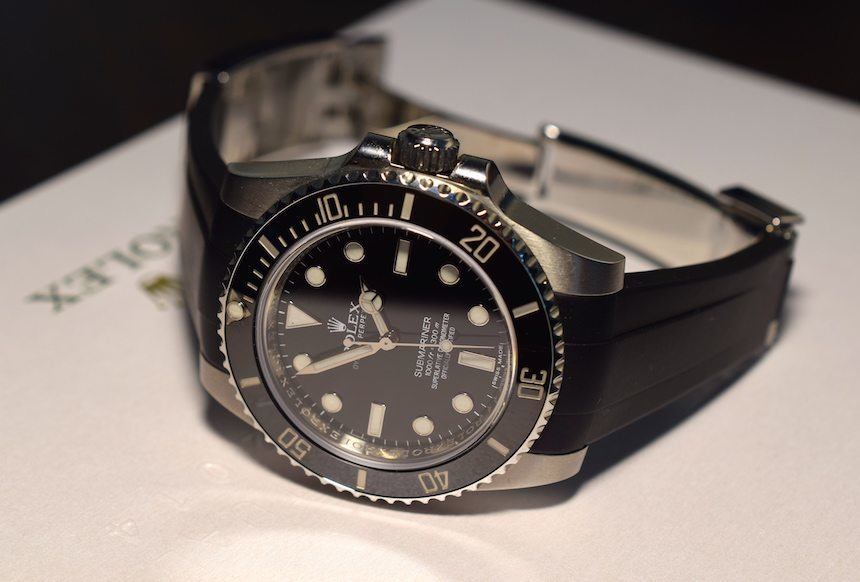Reviewing The RubberB Strap For Rolex Submariner Rose Gold Replica Submariner And GMT Master II Luxury Items