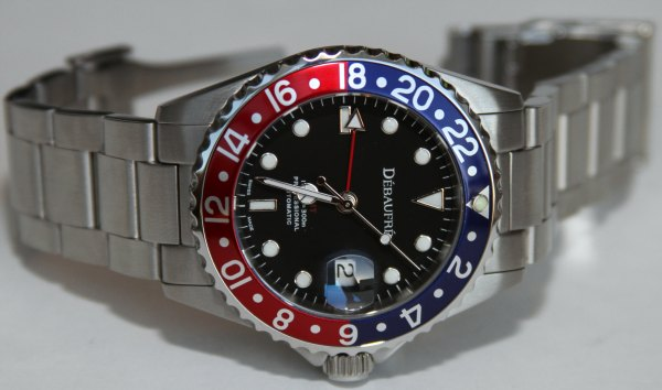 Debaufre GMT Red/Blue Watch Review Wrist Time Reviews
